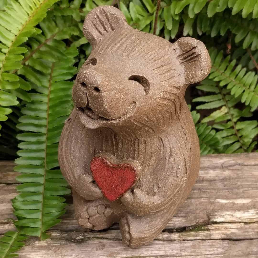 medium_bear_heart_outside_5