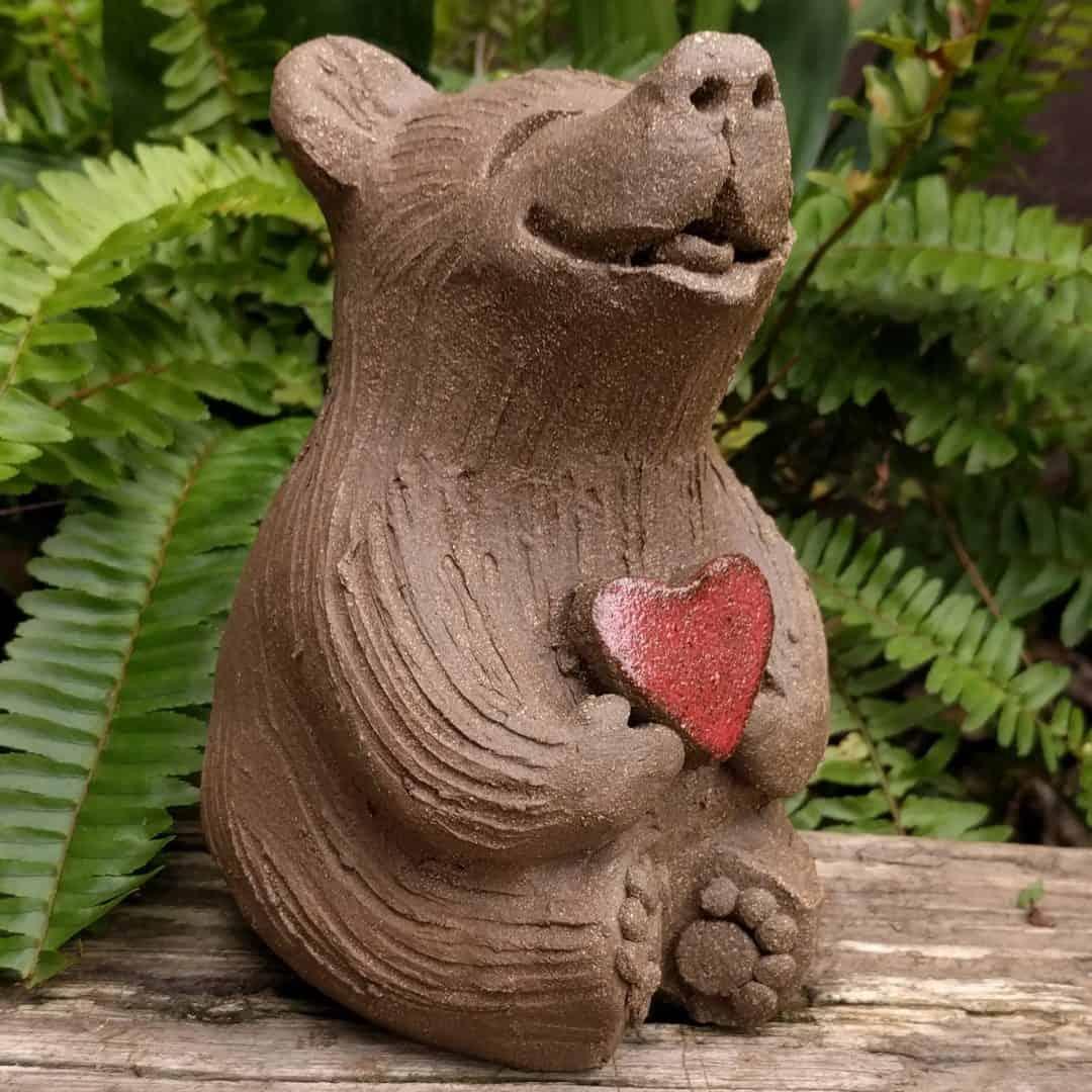 medium_bear_heart_outside_7