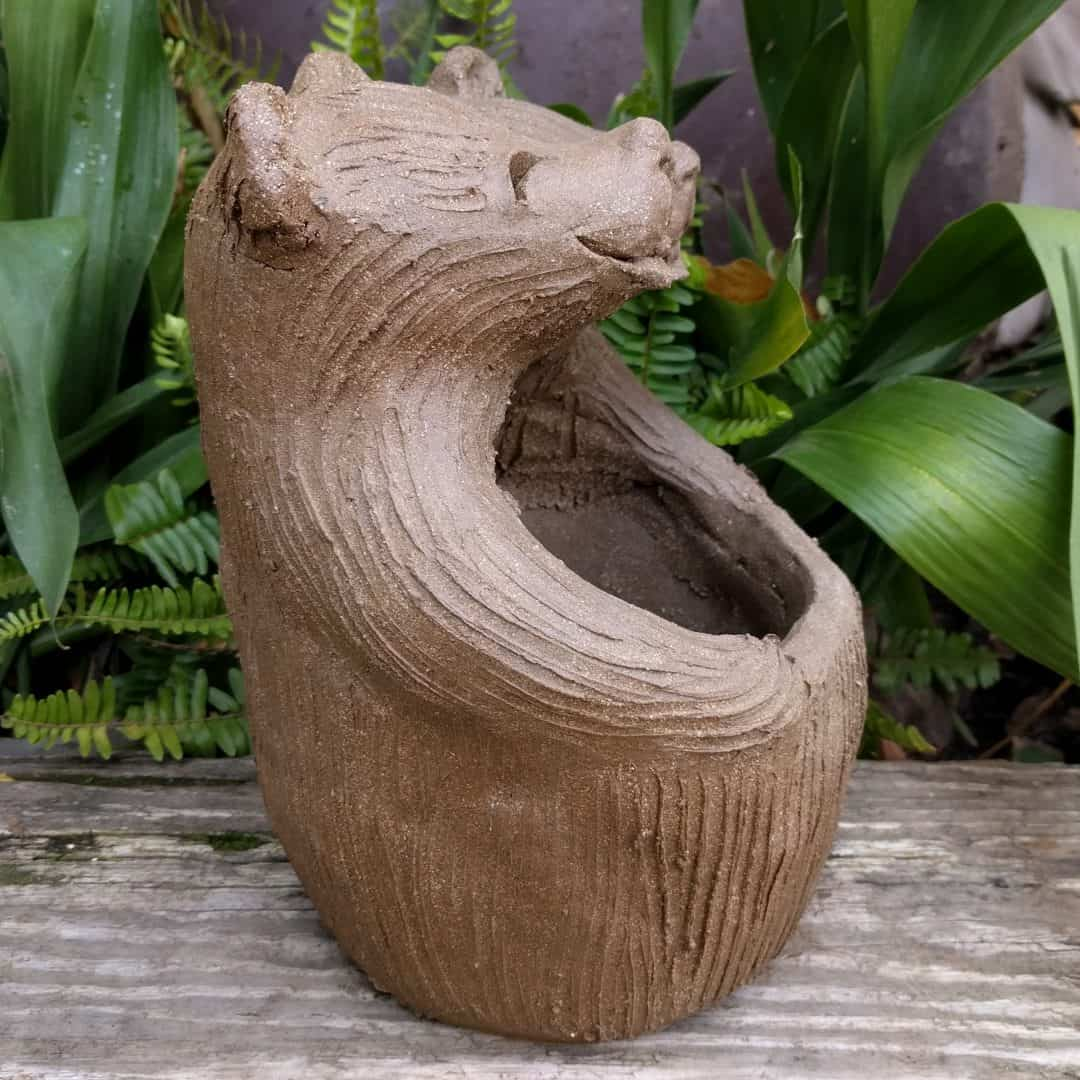 bears_lover_planter_outside_5