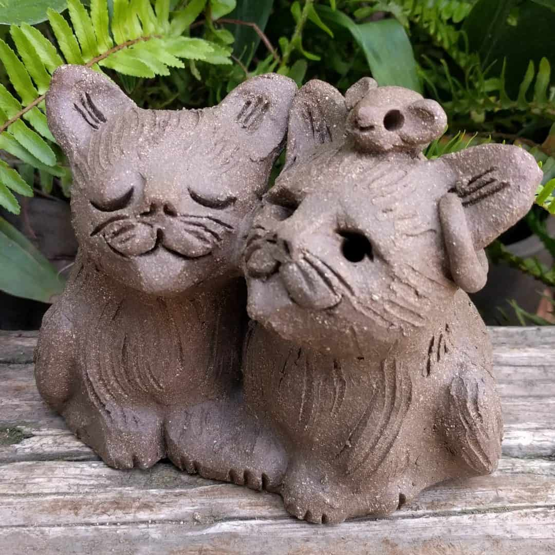 cat_pair_mouse_head_outside_13
