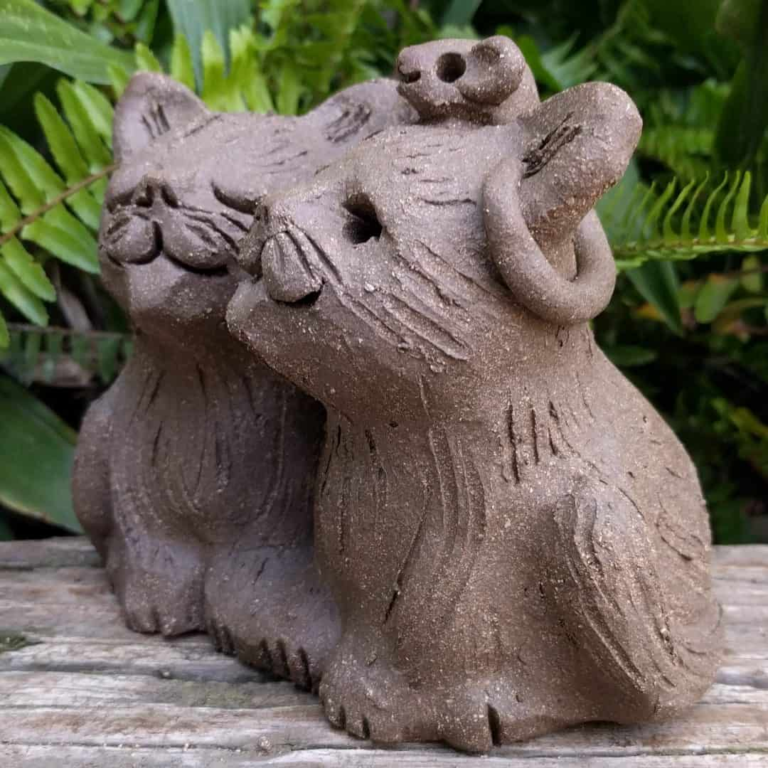 cat_pair_mouse_head_outside_4