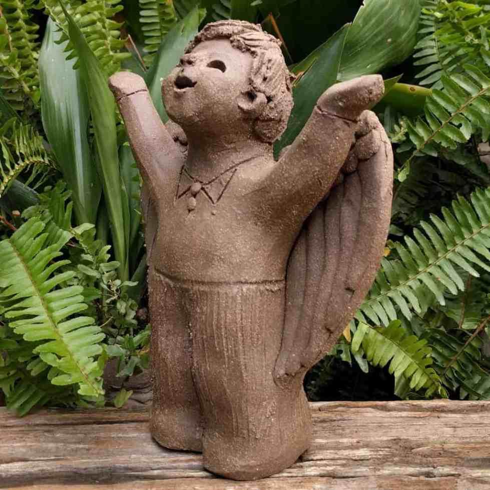 angel_boy_arms_raised_small_green_1024_003
