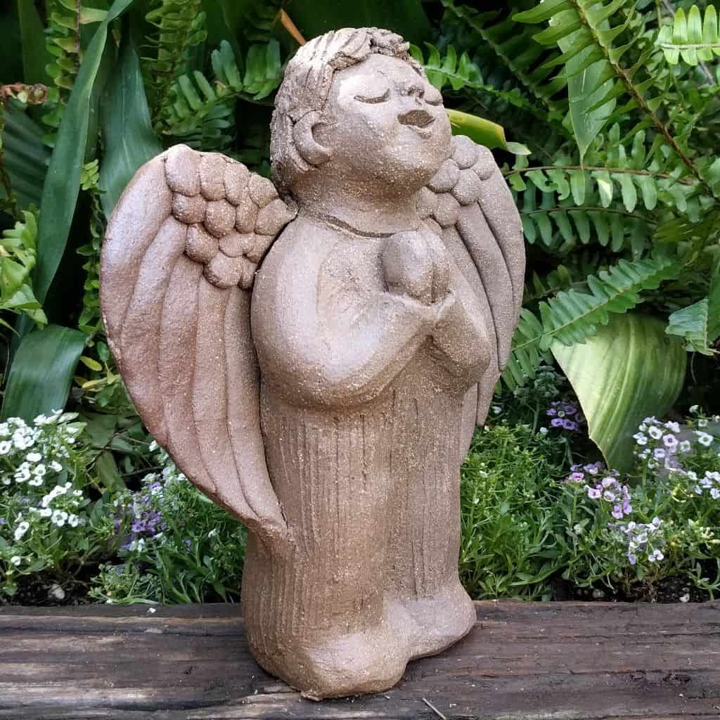 angel_boy_praying_small_green_1024_12