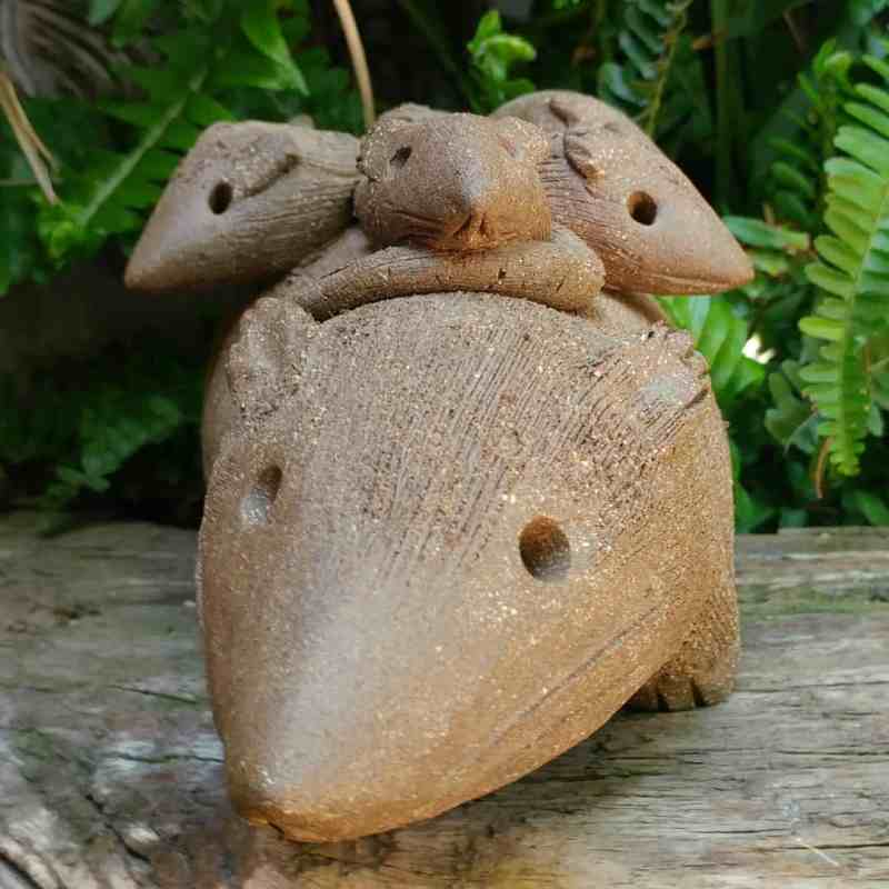 ceramic-opossum-mother-babies-on-back-garden-sculpture-by-margaret-hudson-earth-arts-studio-9