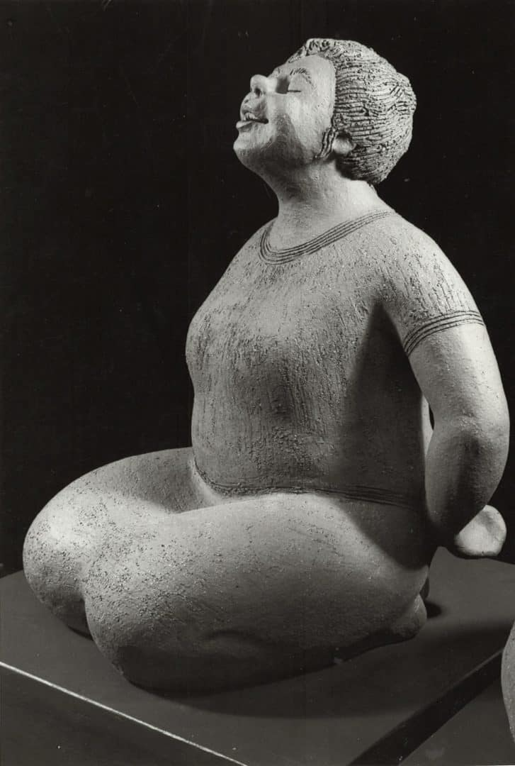 guatemalan-woman-eyes-closed-margaret-hudson-scultpure