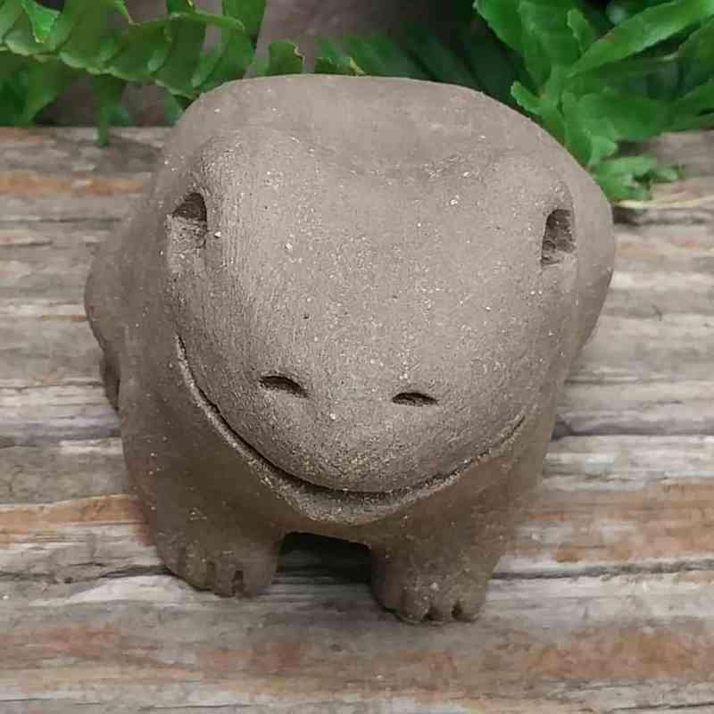 ceramic-medium-frog-1024-outdoor-sculpture-by-margaret-hudson-earth-arts-studio-0