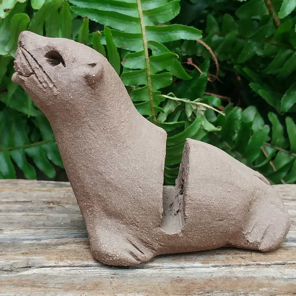 ceramic-seal-card-holder-1024px-outdoor-sculpture-by-margaret-hudson-earth-arts-studio-11