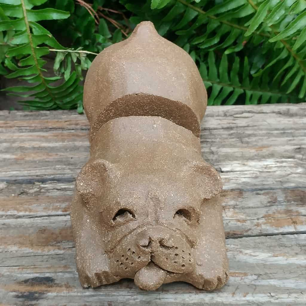 clay-bulldog-card-stand-1024px-garden-sculpture-by-margaret-hudson-earth-arts-studio-11
