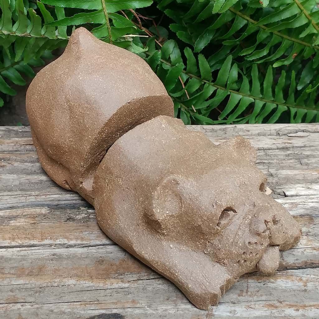 clay-bulldog-card-stand-1024px-outdoor-figurine-by-margaret-hudson-earth-arts-studio-5