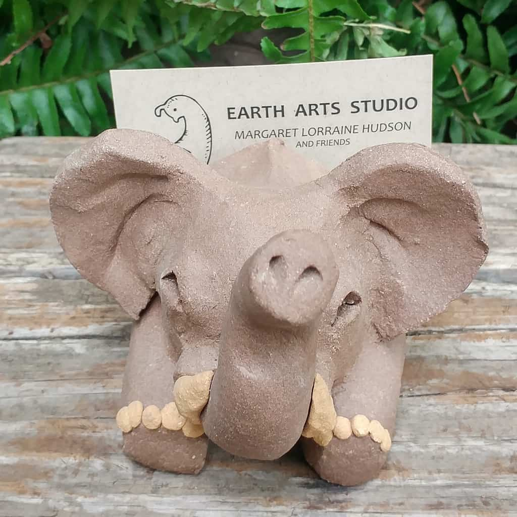 clay-elephant-card-stand-1024px-outdoor-sculpture-by-margaret-hudson-earth-arts-studio-0