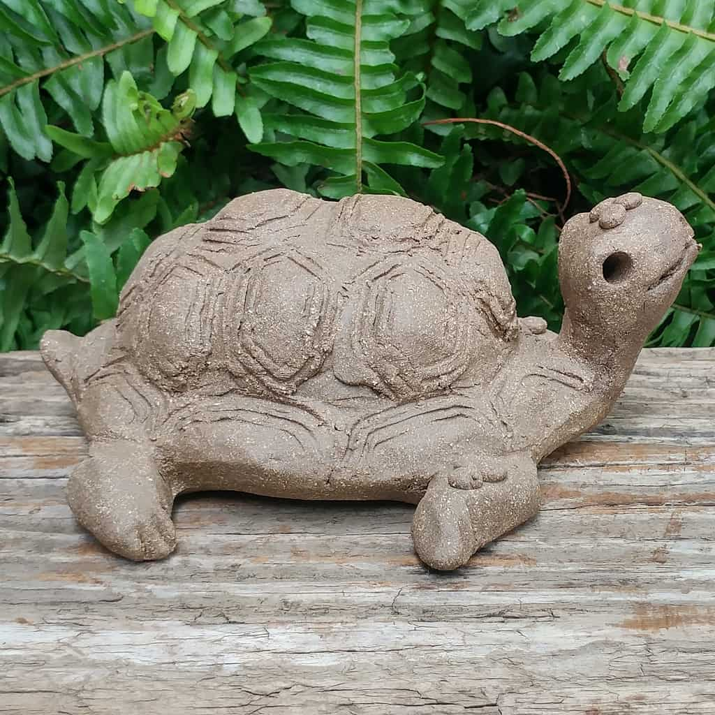 clay-medium-turtle-1024px-garden-sculpture-by-margaret-hudson-earth-arts-studio-2 – Copy