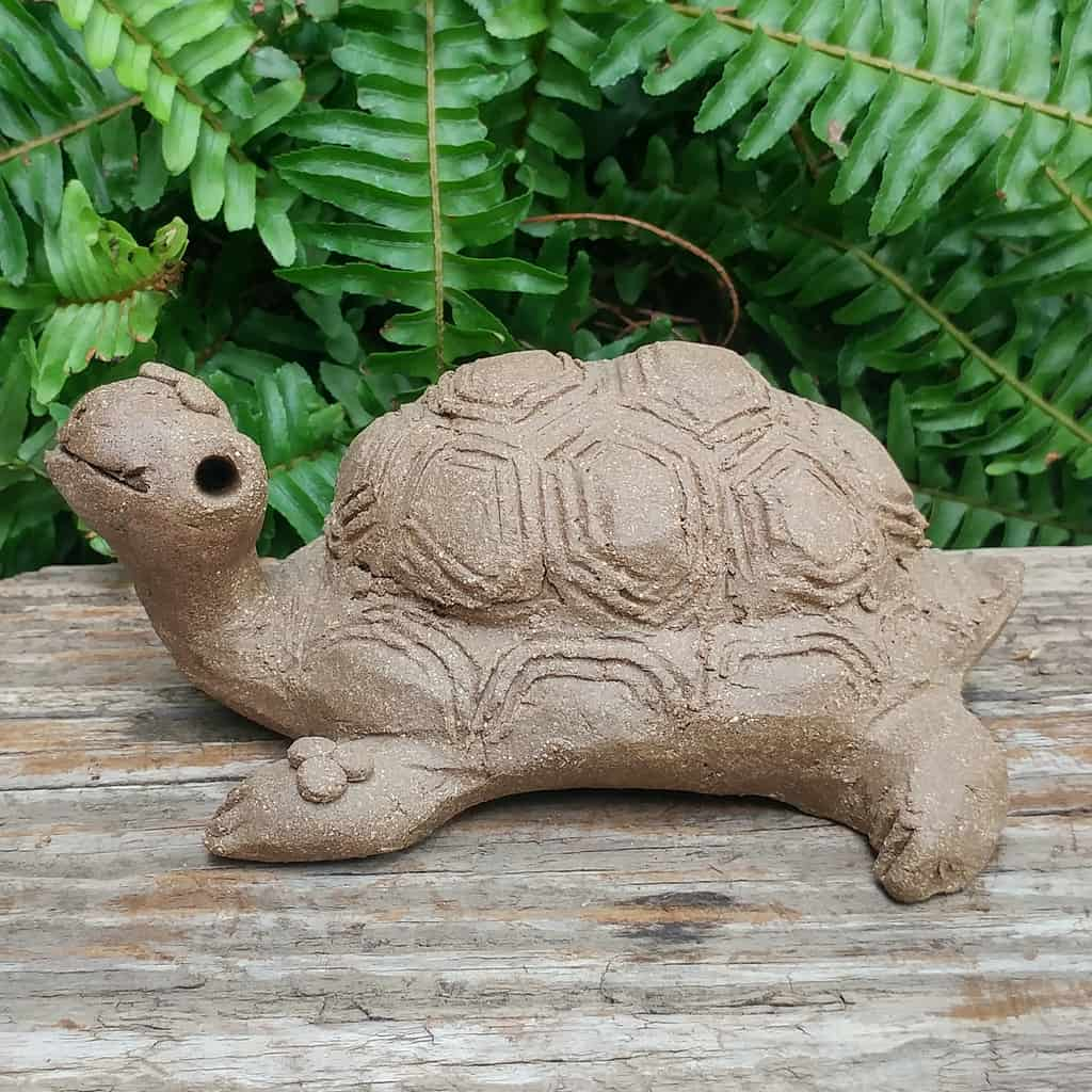 clay-medium-turtle-1024px-outdoor-figurine-by-margaret-hudson-earth-arts-studio-9