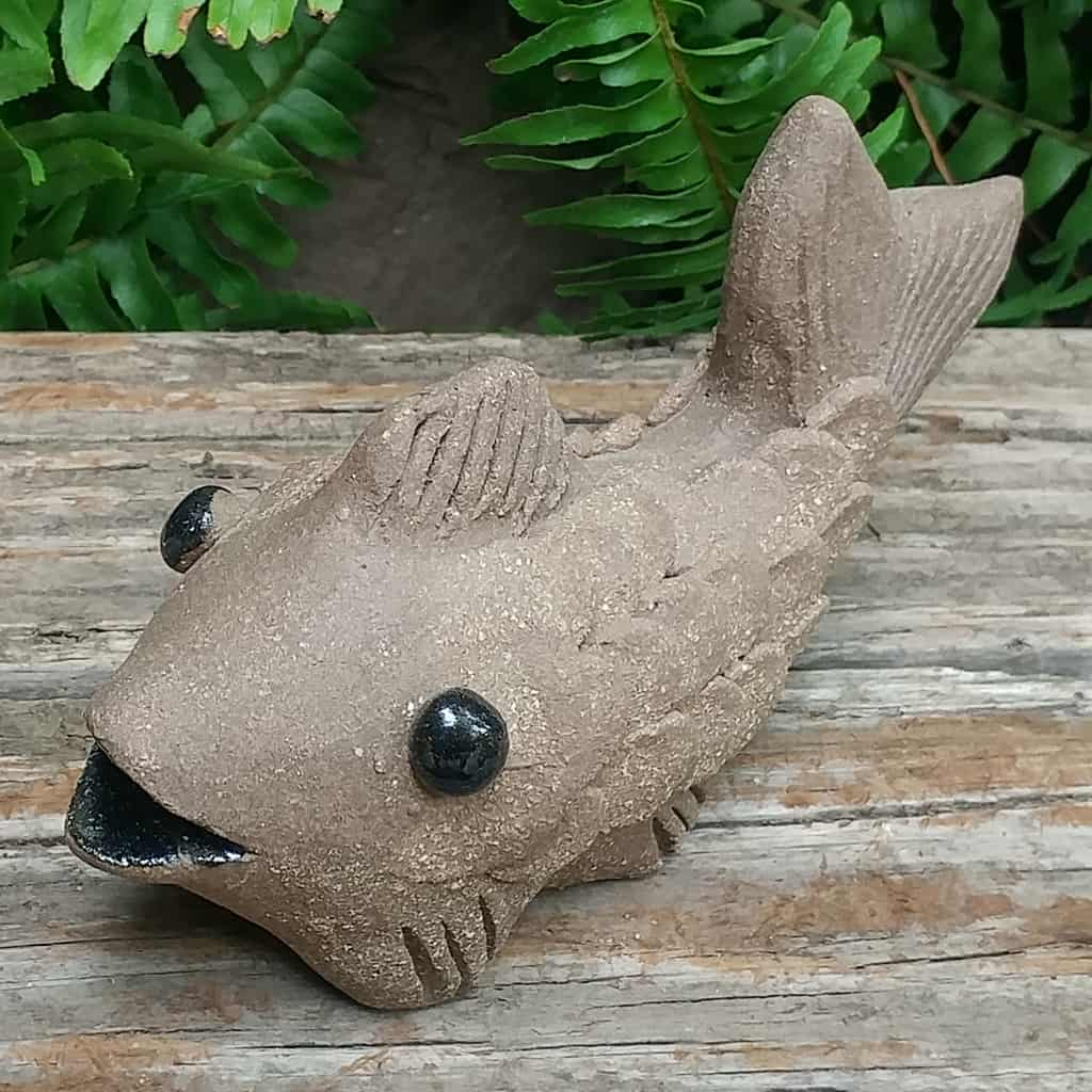 clay-small-fish-1024px-outdoor-figurine-by-margaret-hudson-earth-arts-studio-15