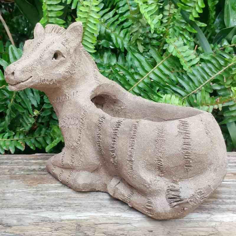 pottery-zebra-planter-1024px-garden-statue-by-margaret-hudson-earth-arts-studio-6