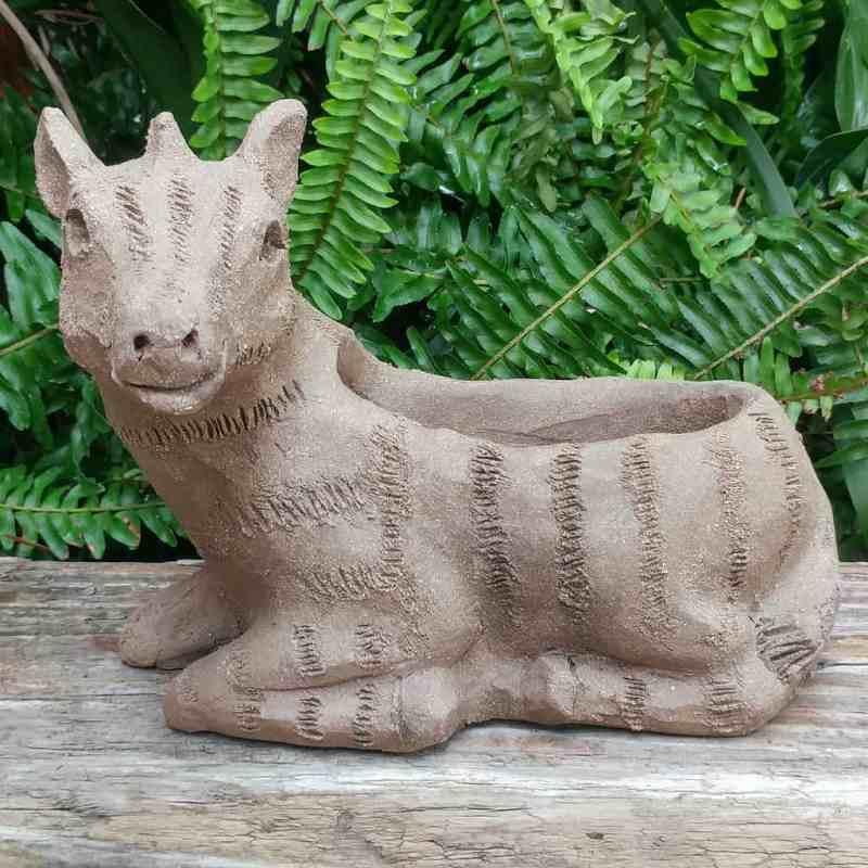 stoneware-zebra-planter-1024px-garden-sculpture-by-margaret-hudson-earth-arts-studio-5