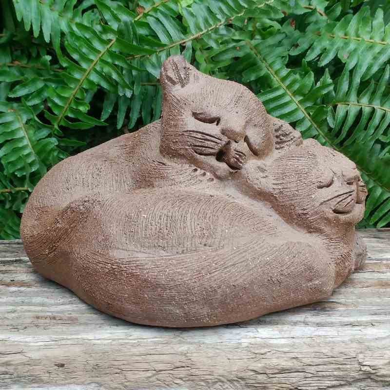 pottery-cuddling-cats-outdoor-figurine-by-margaret-hudson-earth-arts-studio-0