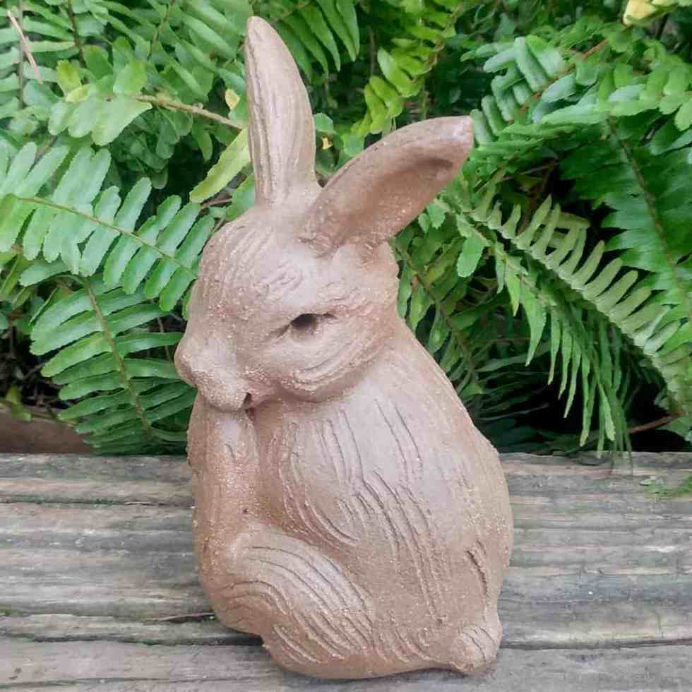 stoneware-peter-rabbit-outdoor-statue-by-margaret-hudson-earth-arts-studio-1