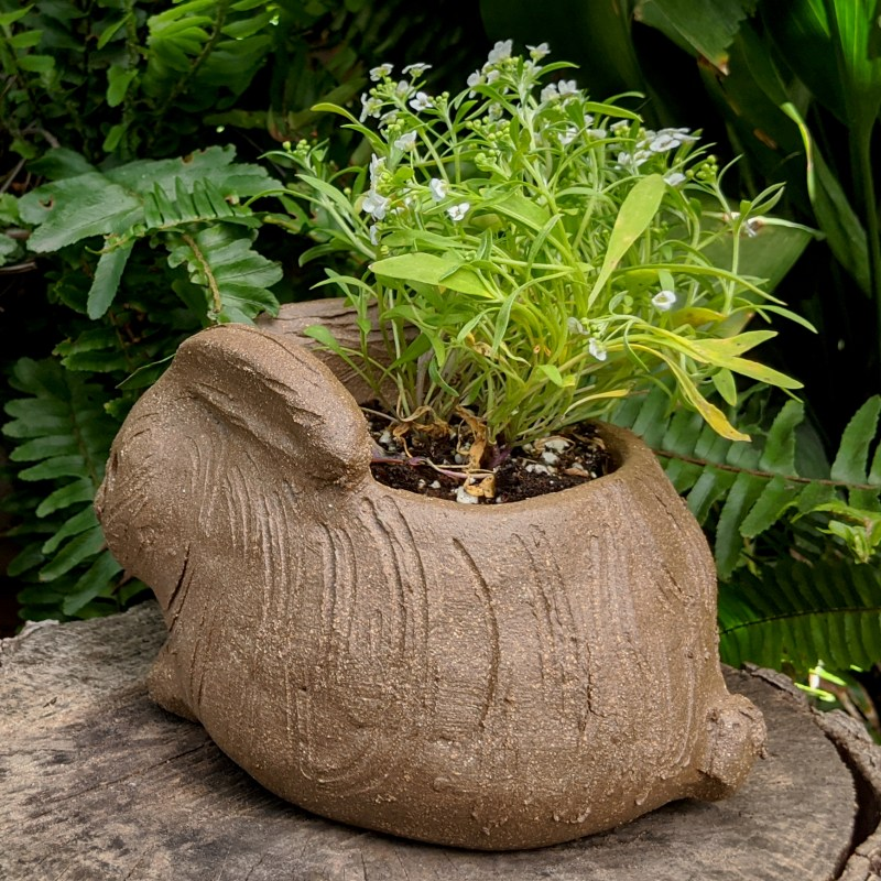hunched-rabbit-planter-small-8