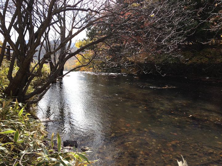 From here is Yu River (yukawa) as it forms at Yu Falls (yutaki) after leaving Lake Yu (yunoko).