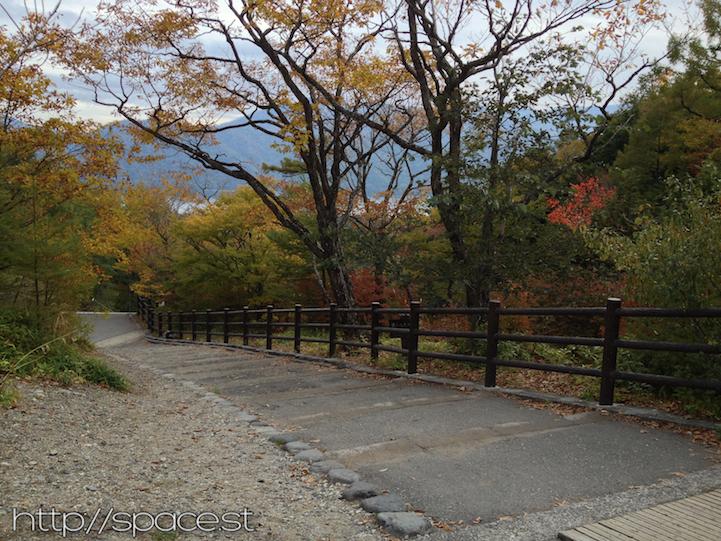 ryuzu waterfall boardwalk