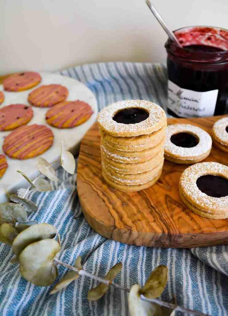 Stacked liner cookies