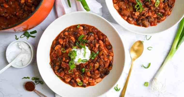 Easy and Healthy Three Bean Chili