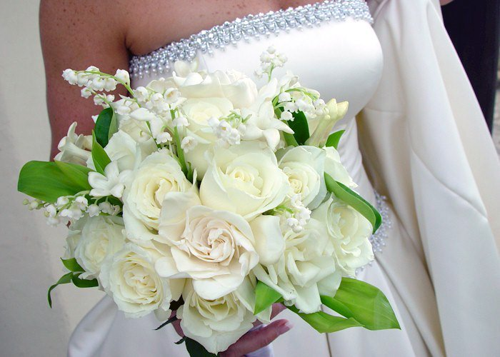 What Are Cheap Flowers For Weddings
