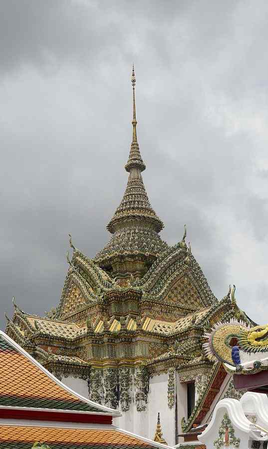 Temple of the Reclining Buddha, Bangkok, Thailand