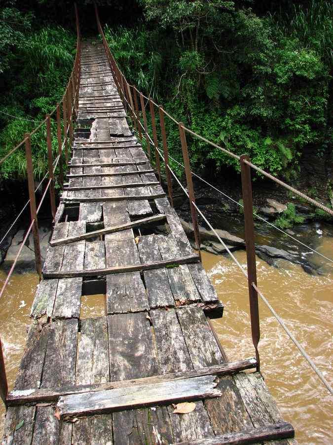 Kotmale Oya Bridge, Srilanka