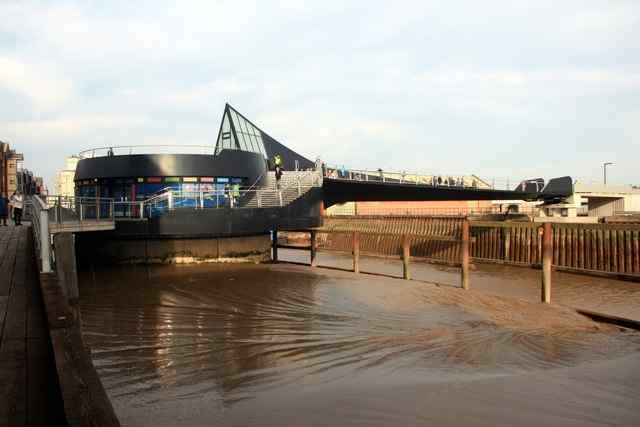 Scale Lane Bridge, Hull