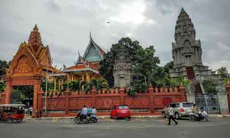 Wat Ounalom Monastery,Sangkat Phsar Kandal Ti Muoy, Phnom Penh