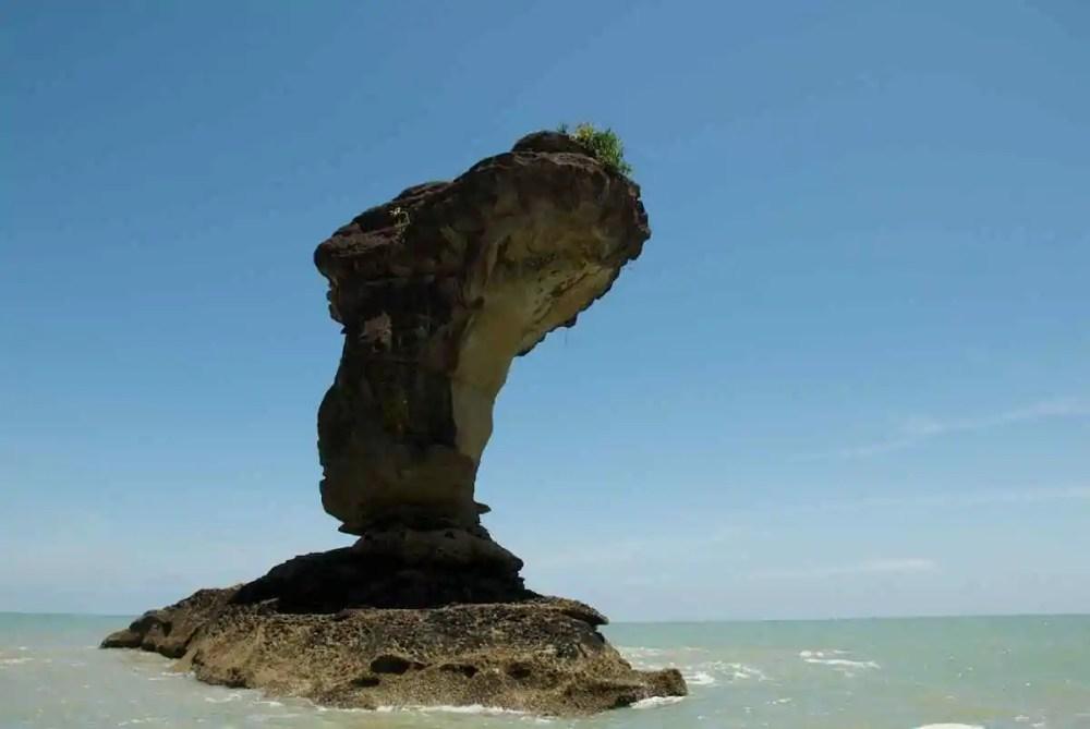 Baco Sea stack