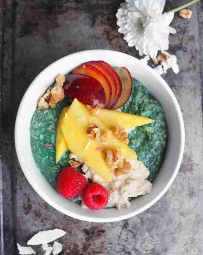 Vegan oatmeal recipe spirulina