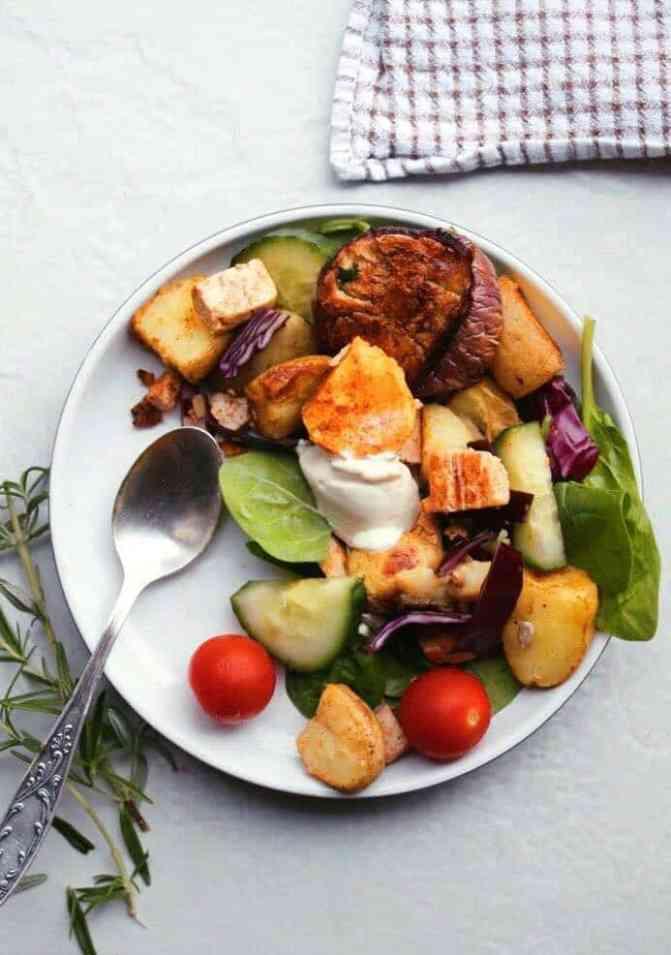 Potato salad with roasted aubergines