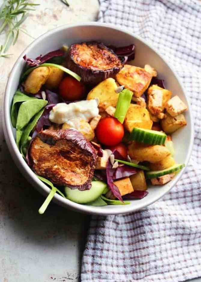 Potato salad with roasted aubergines