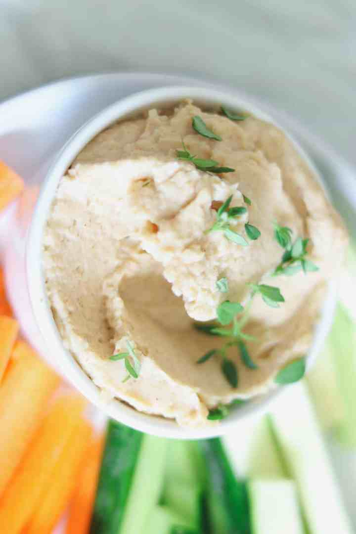 Vegan white bean dip with fresh vegetables