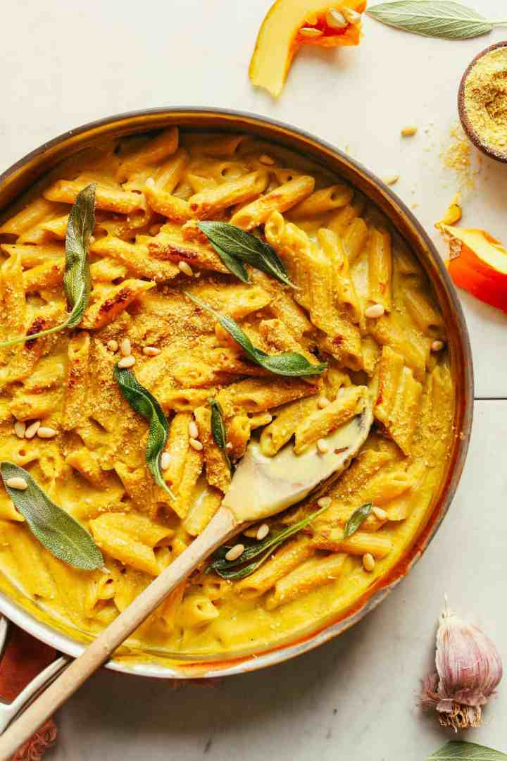 Vegan pumpkin mac n cheese Minimalist Baker