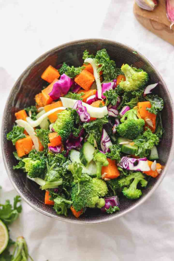 autumn salad with butternut squash and kale that's vegan and gluten-free