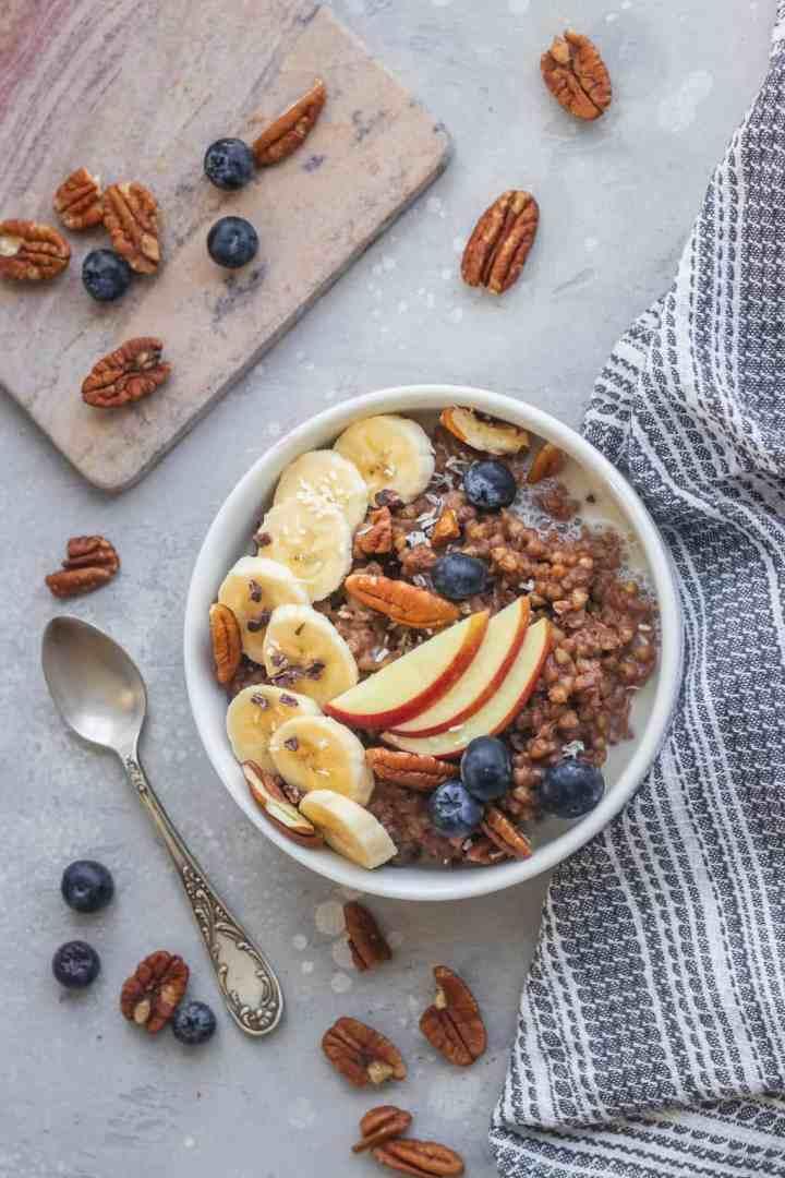 Banana and chocolate buckwheat porridge