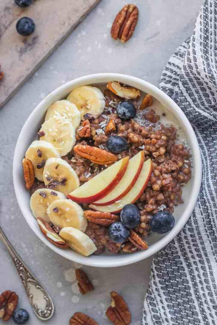 Vegan buckwheat porridge with chocolate and banana