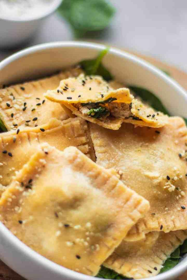 Vegan ravioli with tofu and spinach