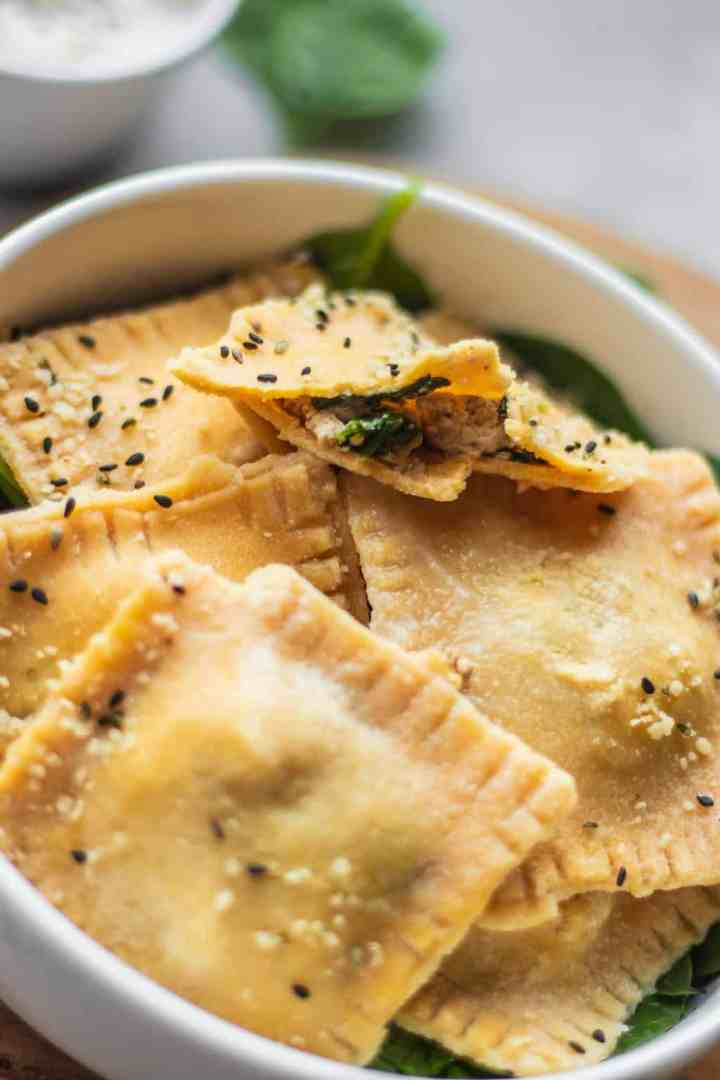 Vegan ravioli with tofu and spinach