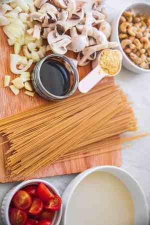 Ingredients for vegan Alfredo spaghetti