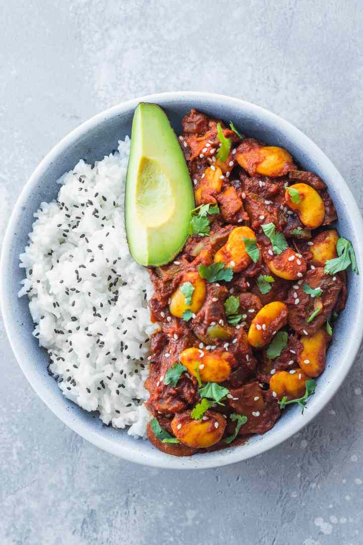 Vegan chili recipe with butter beans gluten-free