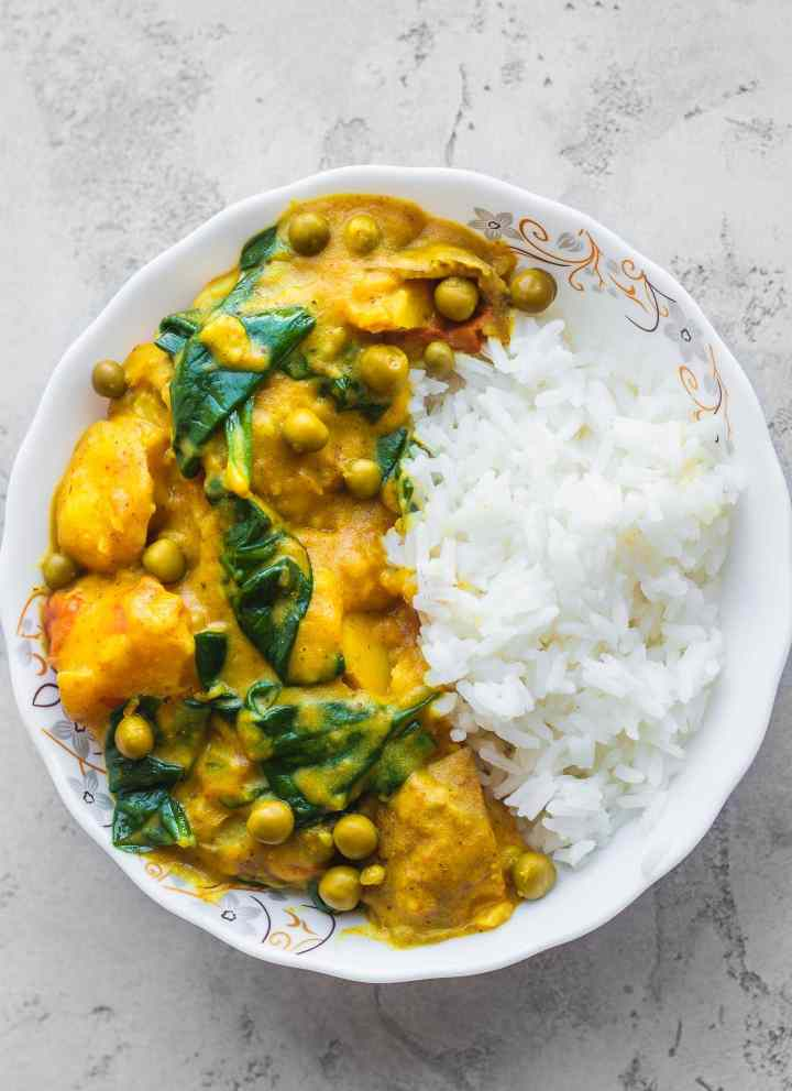 Easy vegan potato curry gluten-free