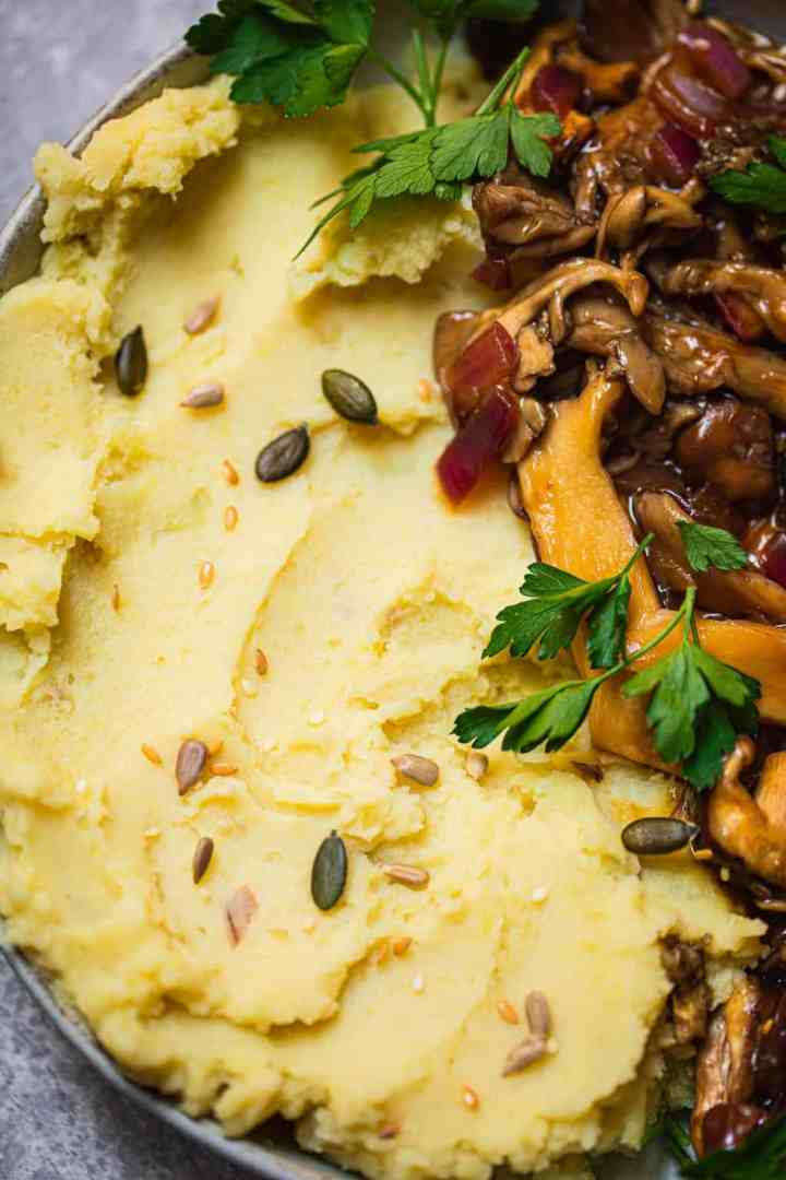 Creamy vegan mashed potatoes