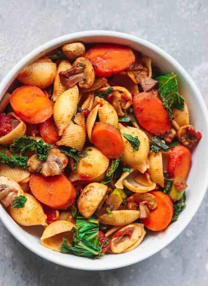 Vegan vegetable and mushroom pasta