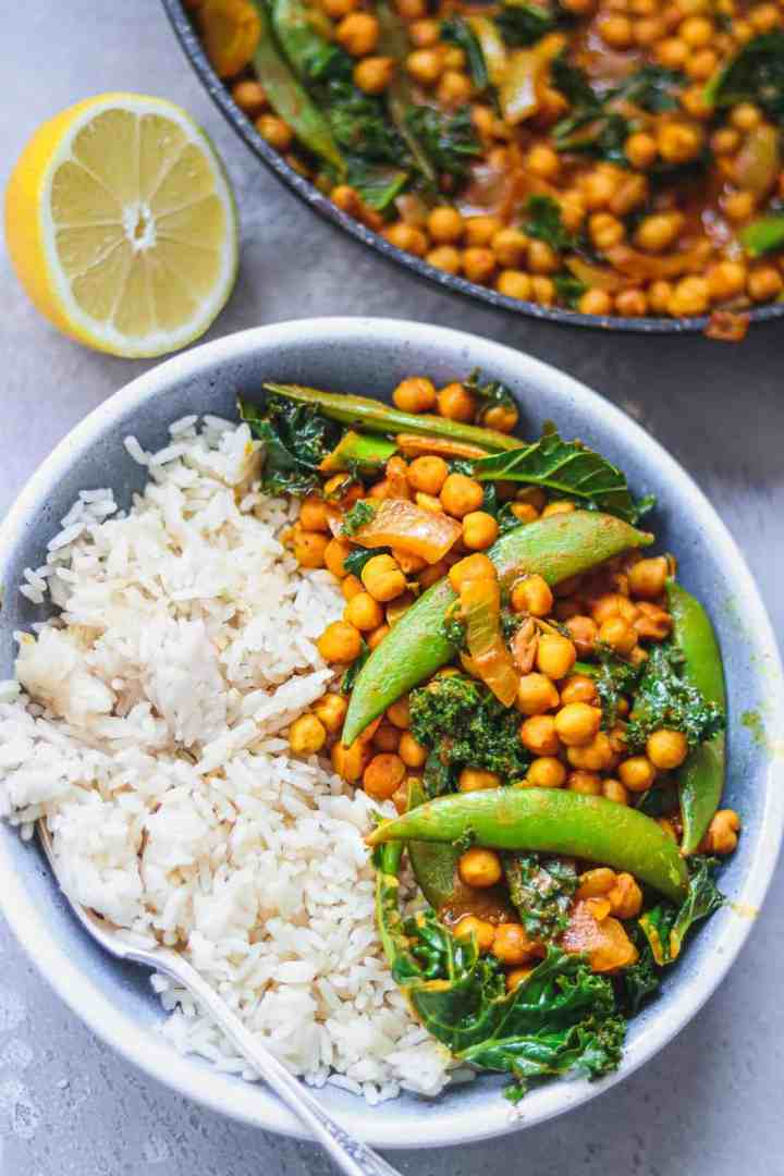 Bowl of vegan curry with chickpeas and vegetables