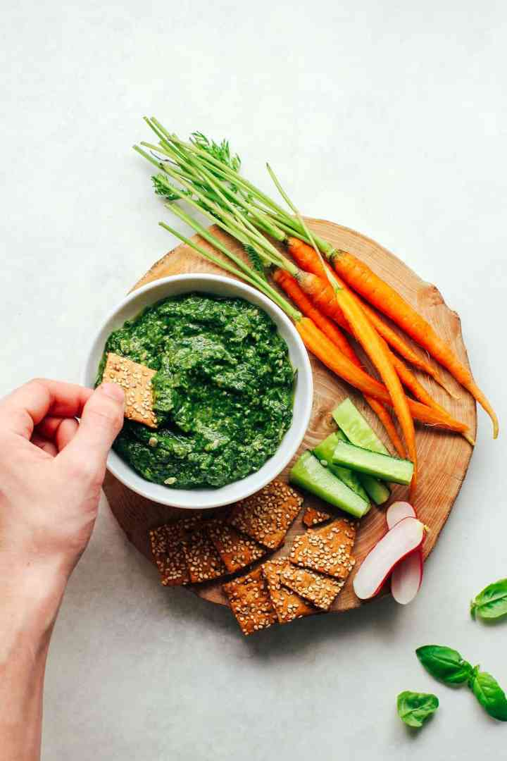 Easy spinach and sunflower seed dip