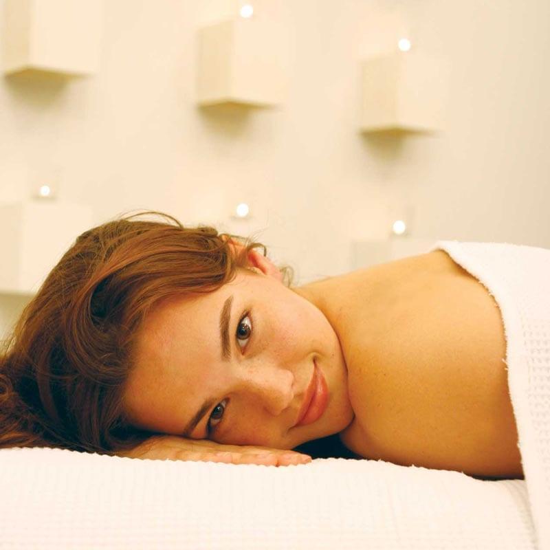 Massage & Reflexology seaweed body treatment - Earthsavers Spa + Store